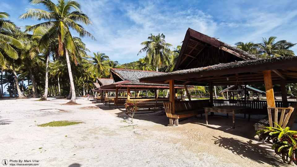 Cottages For Rent on Pamomoan Beach, Siargao Island